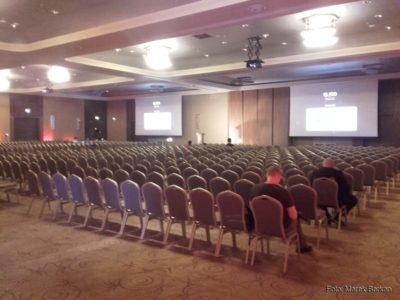 Główna sala przed rozpoczęciem